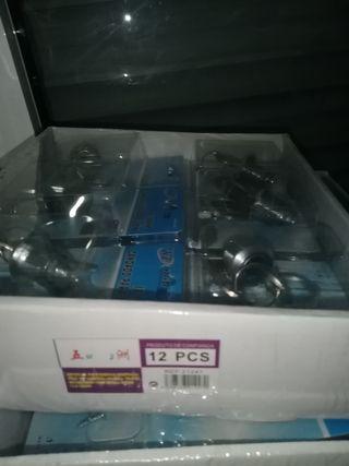 vendo cajas de serraduras 12 piezas 10 €