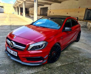 Mercedes A45 AMG PERFORMAMCE ACEPTO CAMBIOS
