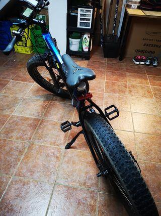 bicicleta elèctrica de montaña