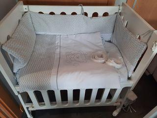 Minicuna 5 en 1 . Se regala ropa de cama y colchón