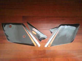 Pegatinas portanumeros y caja filtro KTM