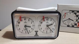 reloj de ajedrez aradora