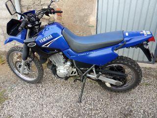 Moto Yamaha del año 2002