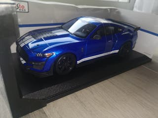 coche escala 1.18 MUSTANG SHELBY GT 500