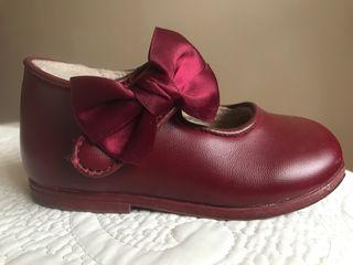 Zapatos niña T 23
