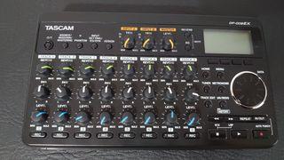Interface Audio Tascam DP 008