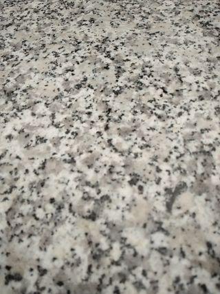 Planchas granito blanco Revestimiento pared.