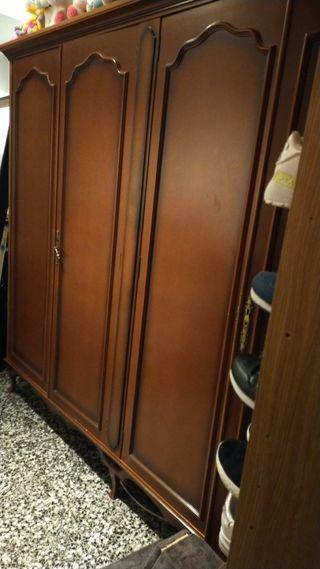 vendo armario de 4 puerta y una cama