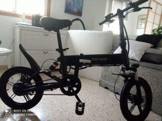 Bicicleta eléctrica plegable.