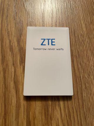 Bateria externa zte tipo tarjeta