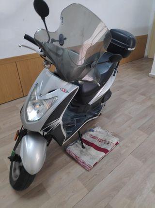 SCOOTER 125cc - Kymco Agility