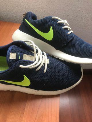 Zapatillas deportivas estilo nike 37