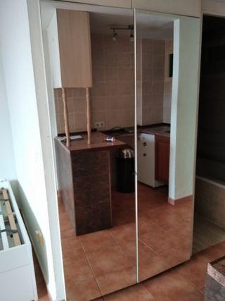 puertas de armario empotrado con espejo