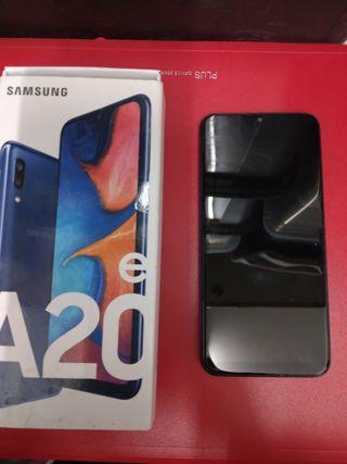 Movil Samsung A20e