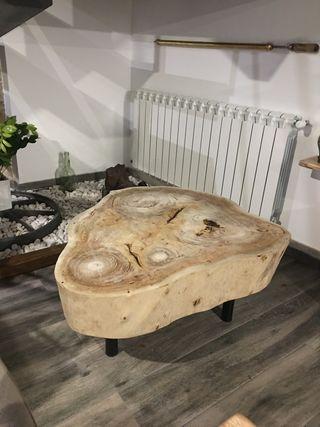 Espectacular mesa con tarugo de eucalipto