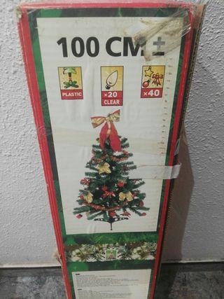 Arbol de navidad con accesorios