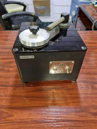 Máquina limpiar discos de vinilo