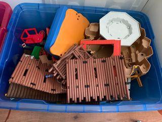 lote de piezas de playmobil