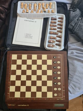 ajedrez electrónico novag carnelian II