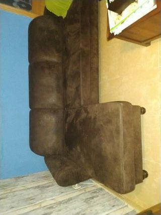sofá con chaise longye