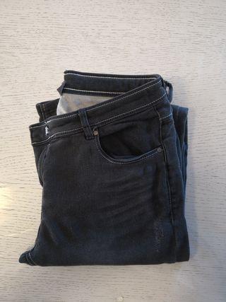 Pantalón vaquero gris (niña)