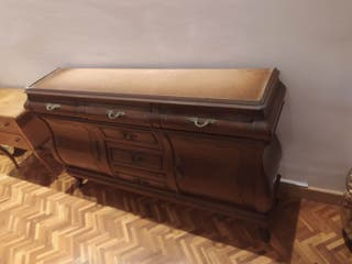 cómoda madera noble antigua