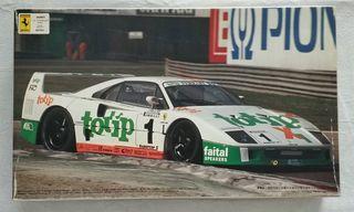Maqueta 1:24 Ferrari F40 Totip EMPEZADA