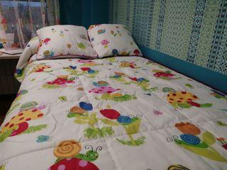 edredón y cortinas infantiles