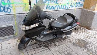 moto piaggio x8