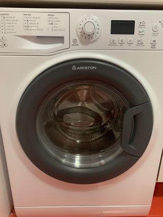 Lavadora/secadora Ariston