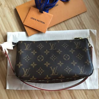 Louis Vuitton Pochette Accesoires nm