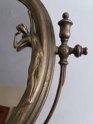 espejo antiguo en bronce