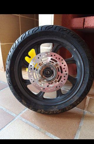 rueda honda pcx modelo 2018