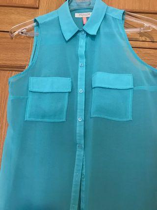 Camisa sin mangas azul
