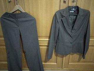 Traje pantalón chaqueta mujer