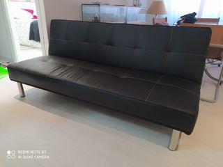 Sofa cama. Largo 180cm Ancho 110cm.