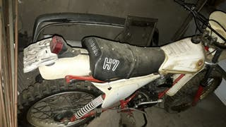 se vende montesa h7 80cc a 125cc , documentada