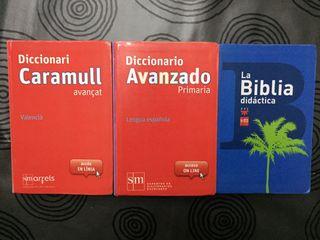 Diccionarios en castellano y valenciano y