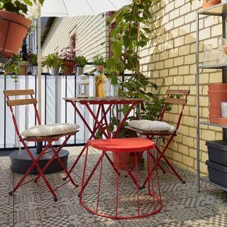 Mesa y 2 sillas plegables terraza/ jardin