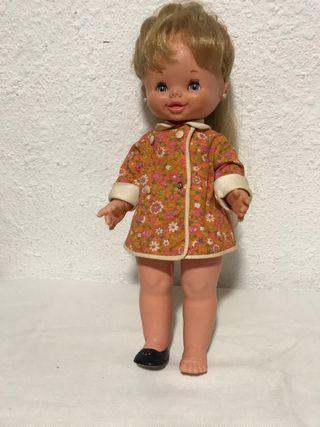 Muñeca Carolyn de famosa