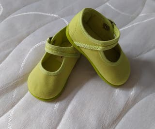 Zapatos de bebé, talla 19