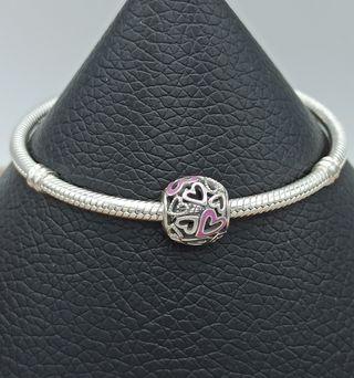 Charm corazones con esmalte rosa plata 925.