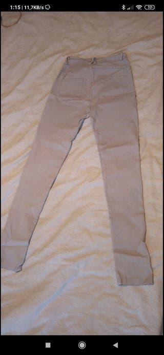 pantalones elásticos grises