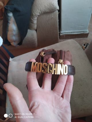 Neceser Moschino original.