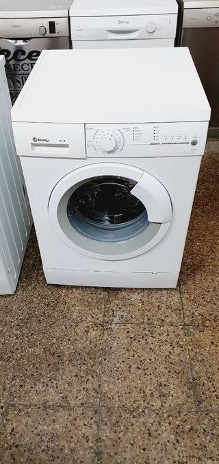 lavadora marca Balay de 8 kg 1000 revoluciones