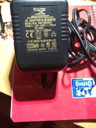 Scalextric digital transformador 18 voltios
