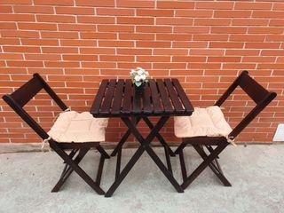 Mesa y sillas teca con cojines,impecable