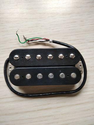 Pastilla guitarra Fender Enforcer