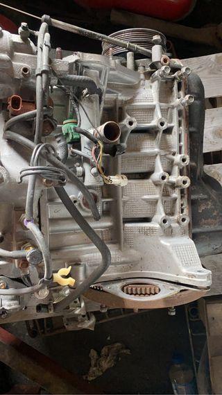 Motor suzuki vitara
