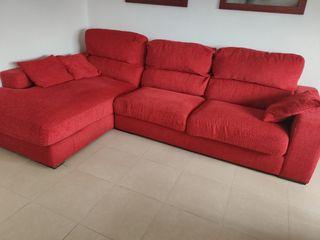 sofa- Chaiselange rojo 3 m. * 1'85m.chaiselange